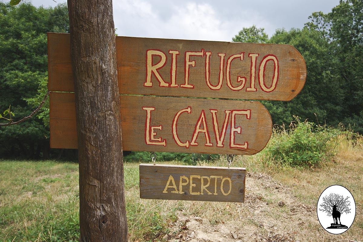 Cartello Rifugio Le Cave